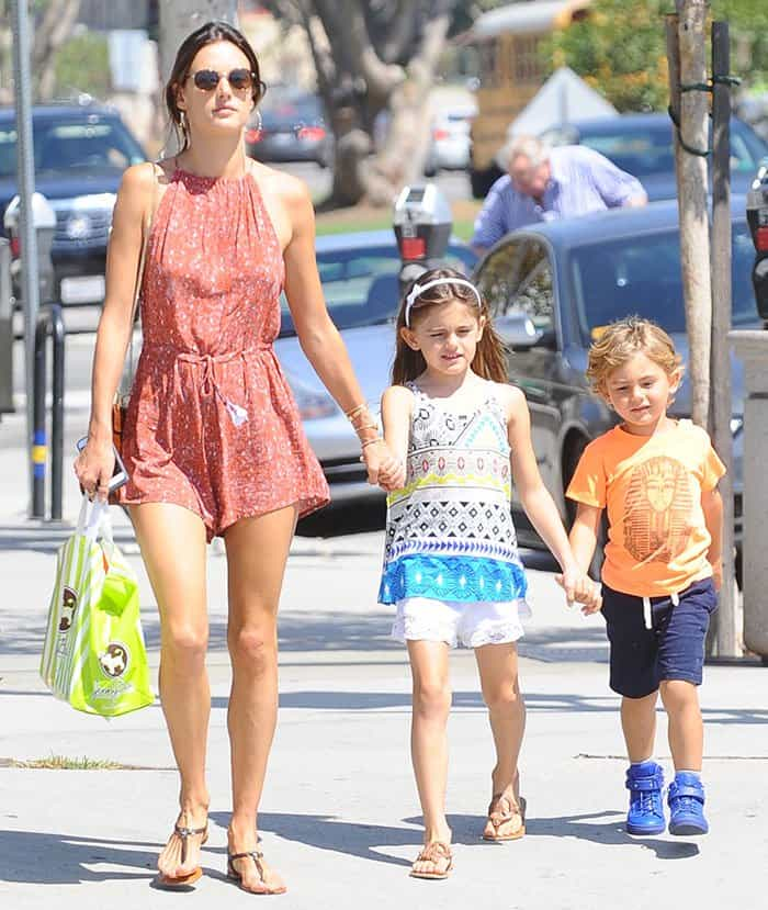 Alessandra Ambrosio takes her children shopping in Brentwood, California on August 30, 2016