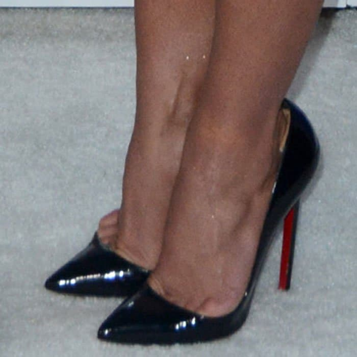 Britney Spears shows off her Christian Louboutin pumps