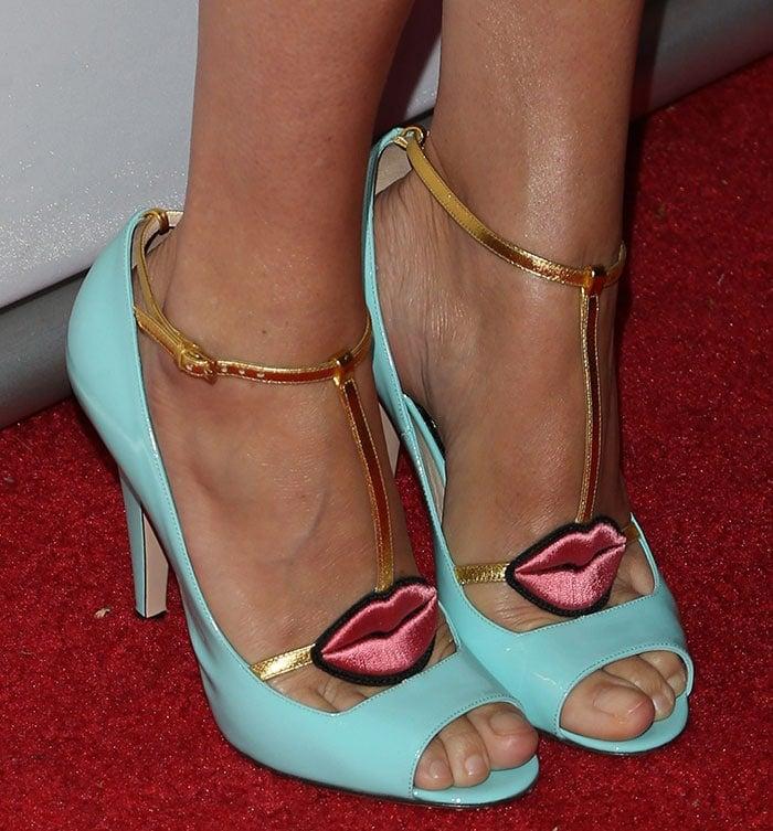 Chloe-Sevigny-Gucci-Molina-lips-pumps-1