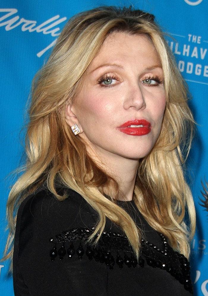 Courtney Love'scrystal stud earrings