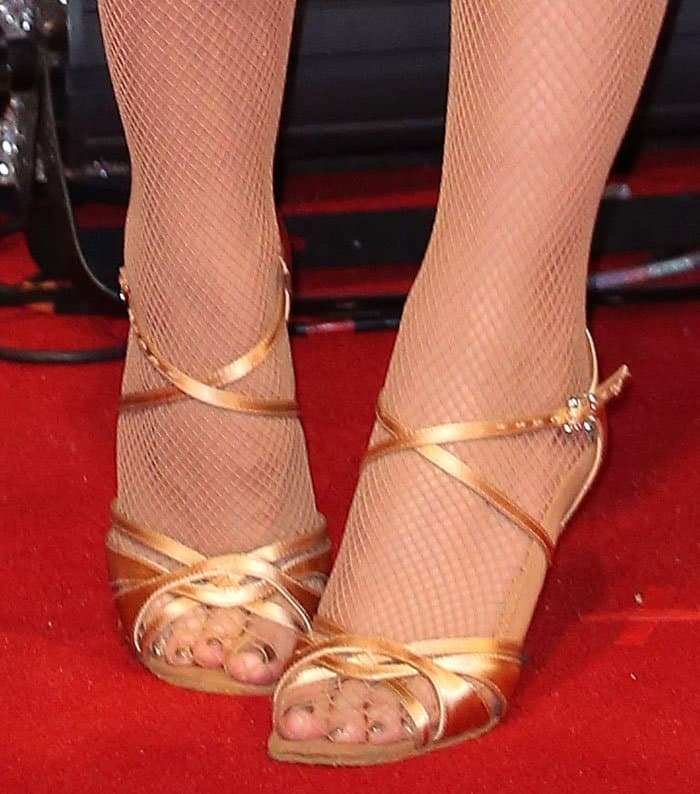 Daisy-Lowe-DanceAmo-shoes-1