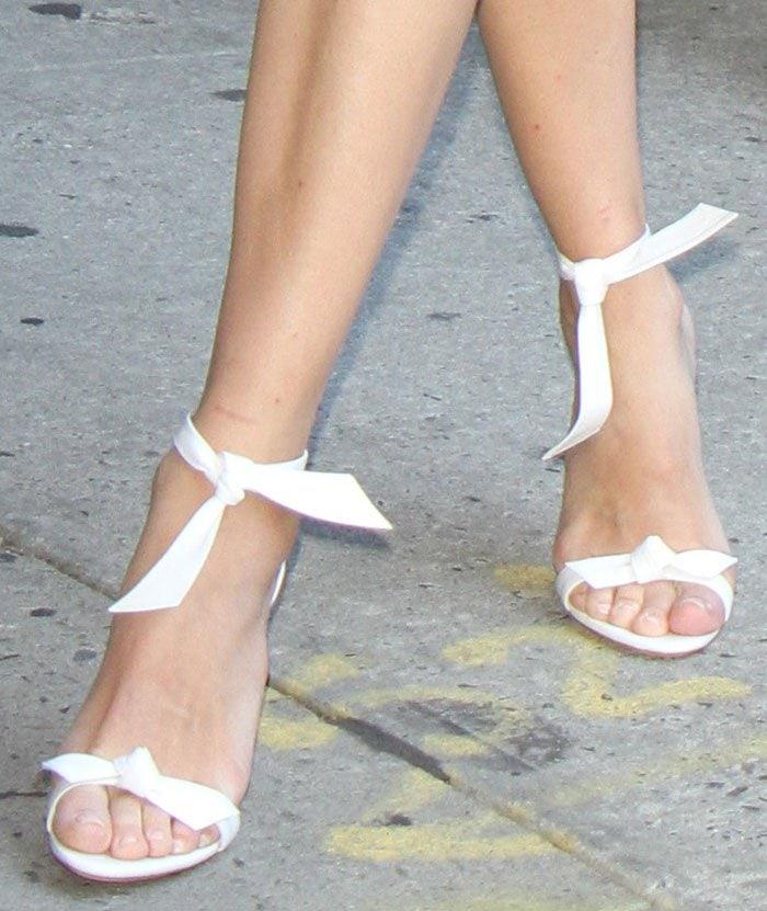 Diane Kruger's feet in Alexandre Birman sandals