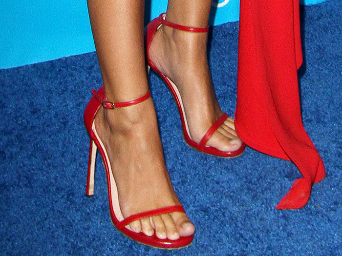 Emily Ratajkowski red Stuart Weitzman Nudist sandals