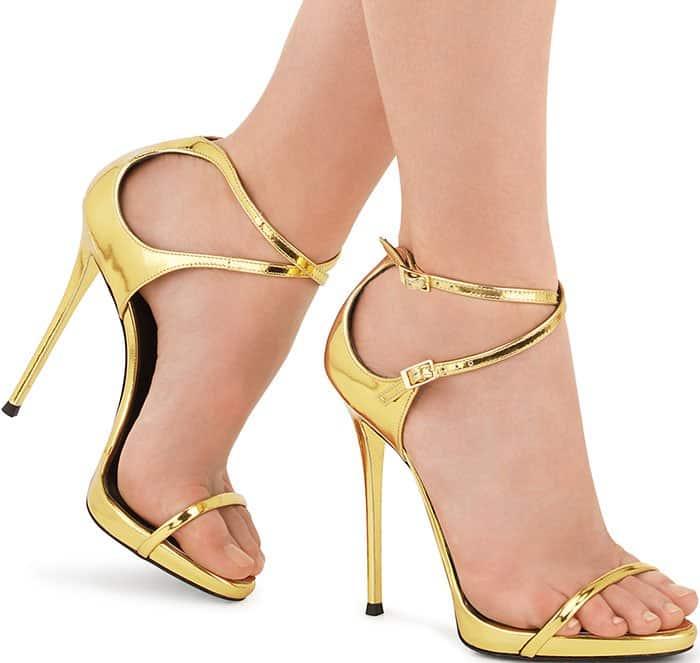 Giuseppe-Zanotti-Darcie-gold-sandals
