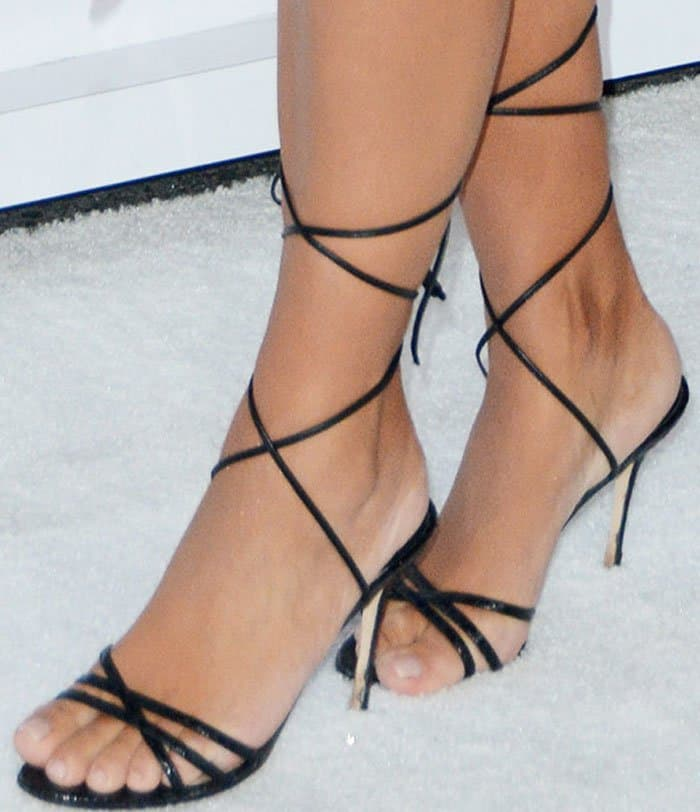 Kim pairs her John Galliano dress with Manolo Blahnik's 'Leva' embossed snakeskin leather sandals