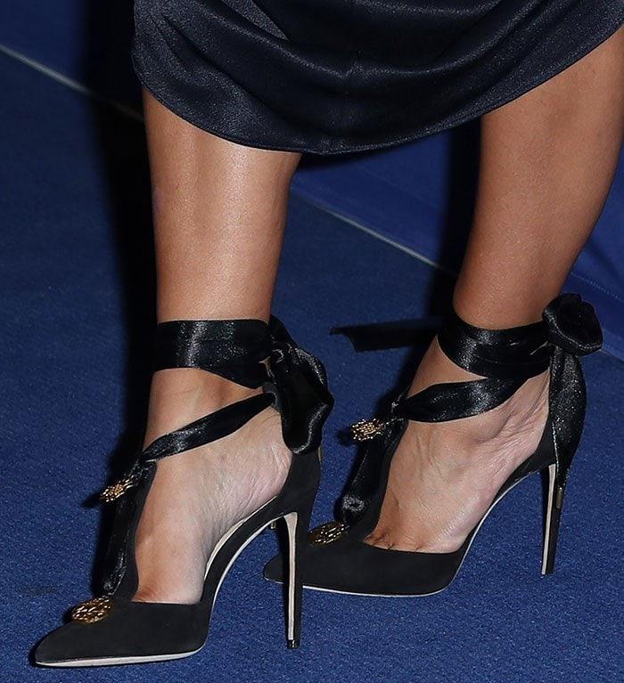 Kim Kardashian rocksOlgana Paris L'Admiral pumps