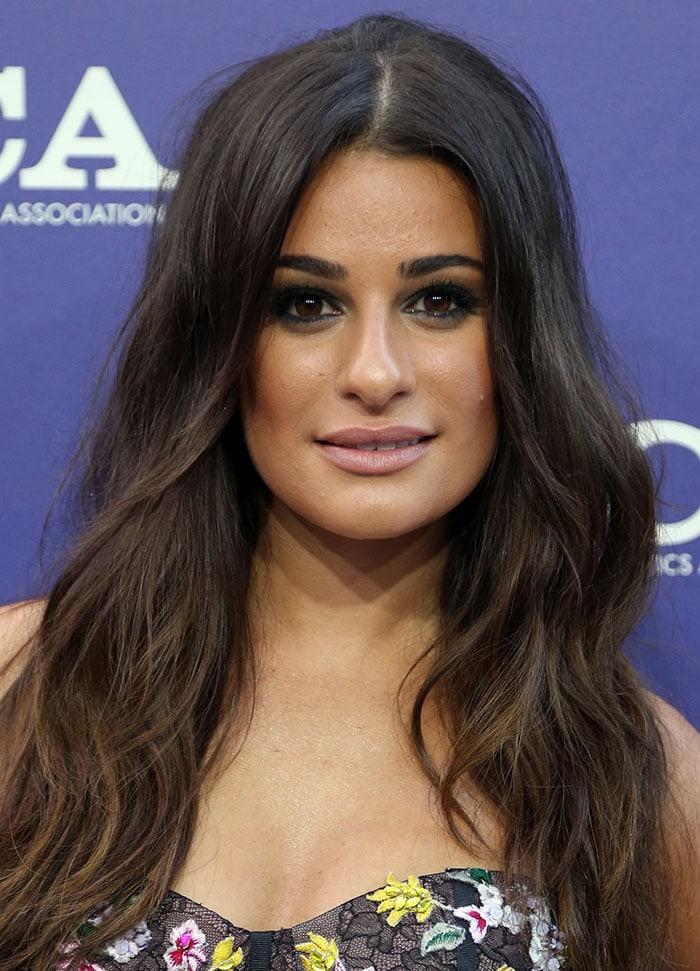 Lea-Michele-loose-waves-smoky-eyes-nude-lips