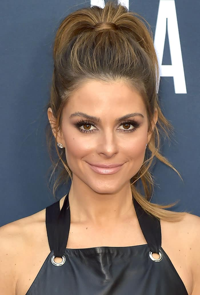 Maria Menounos pulled her brunette hair into a high ponytail