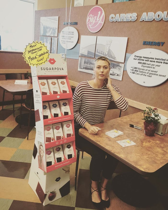 """Maria posed after her meet-and-greet with fans to promote her candy line, """"Sugarpova"""""""