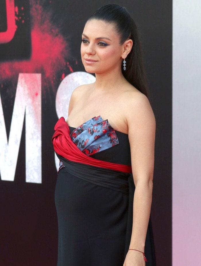 Mila Kunis Bad Moms LA Premiere4