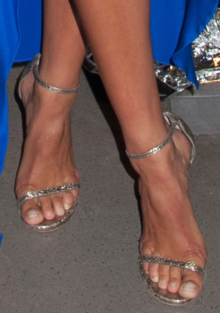 Nina Agdal shows off her sexy feet in Stuart Weitzman sandals