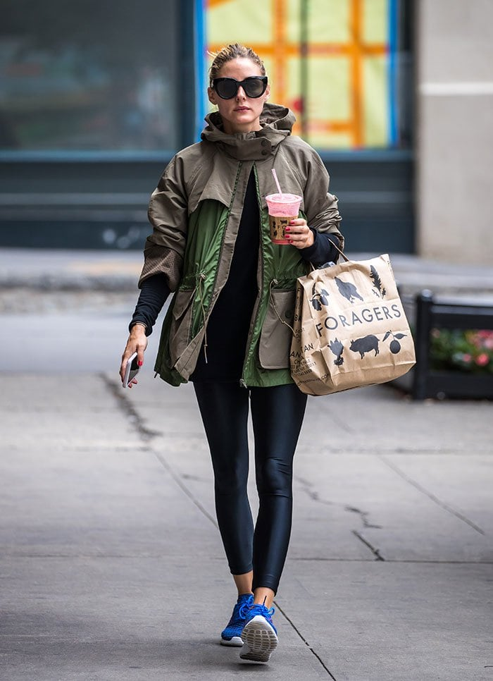 Olivia Palermo Laid Back In Nike Roshe One Flyknit Shoes