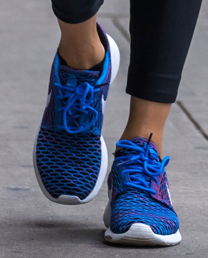 Olivia-Palermo-Nike-Roshe-One-Flyknit