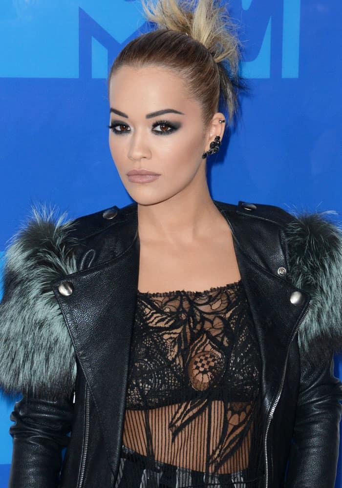 Rita Ora 2016 MTV VMAs Marc Jacobs 1