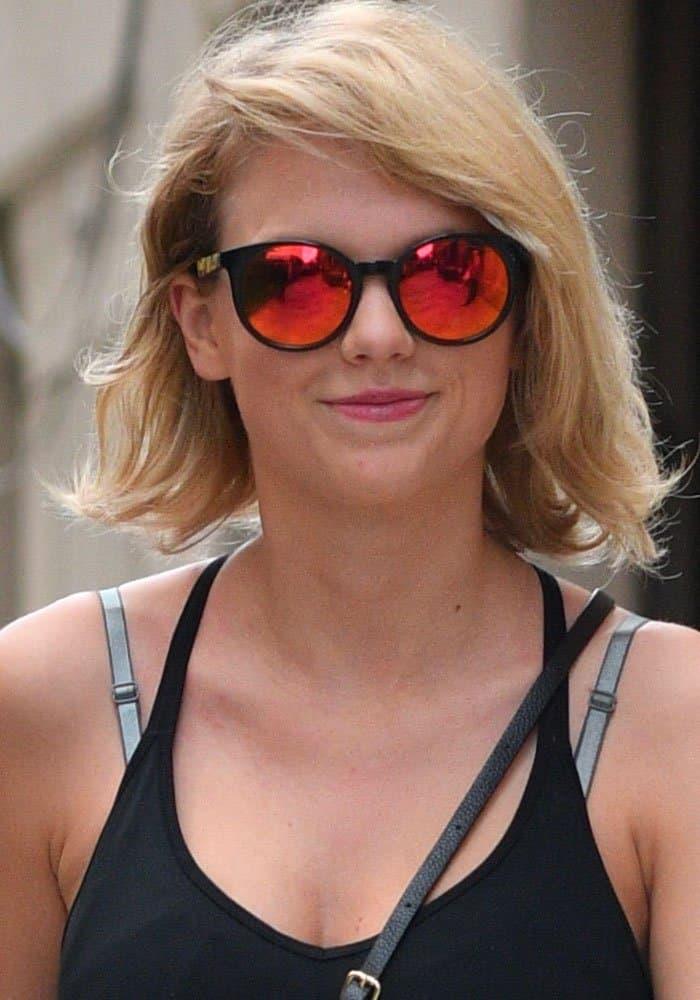 Taylor Swift New York Gym Nike 1