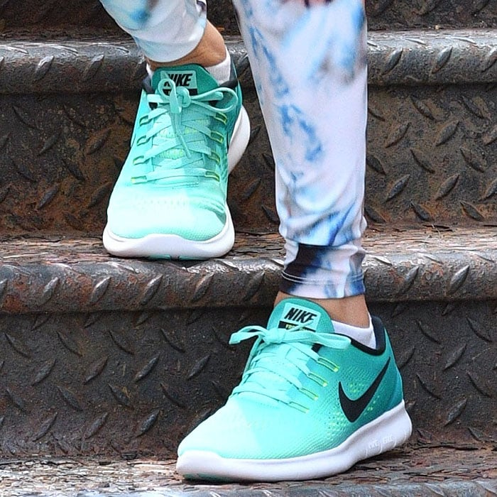 Taylor Swift Nike Free Rn running shoes 4