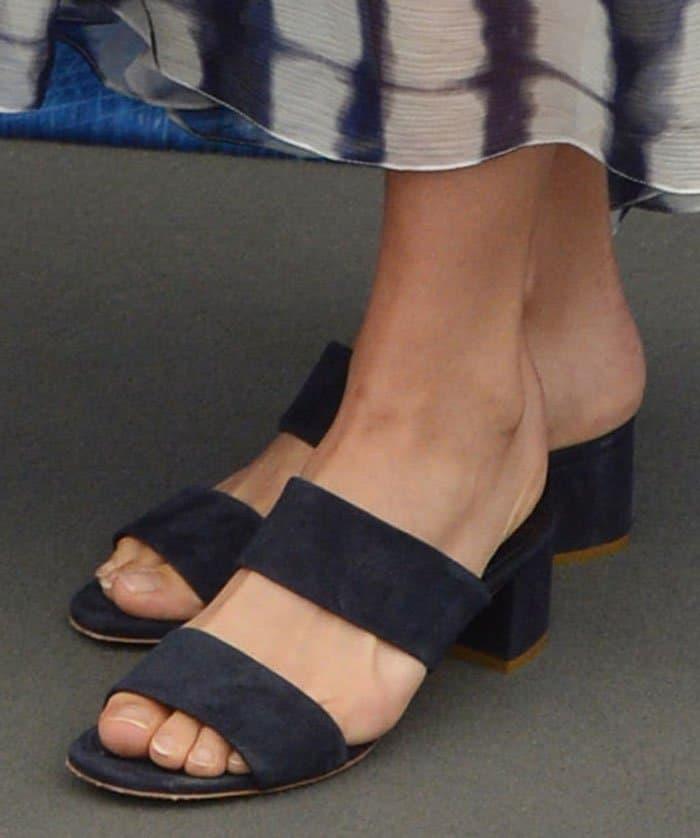 Alicia Vikander's navy suedeMansur Gavriel shoes