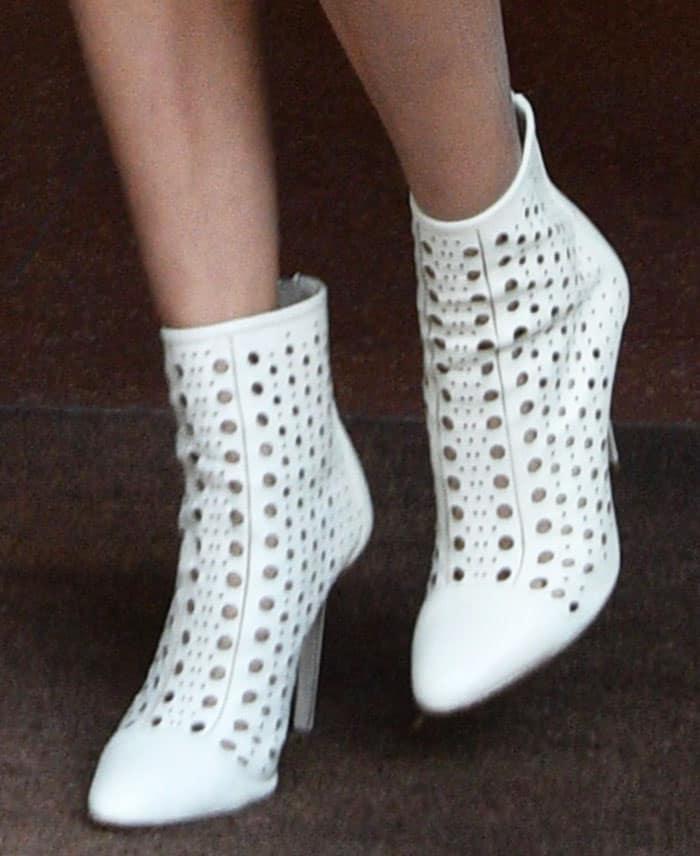 bella-hadid-tamara-mellon-laser-cut-crossline-booties