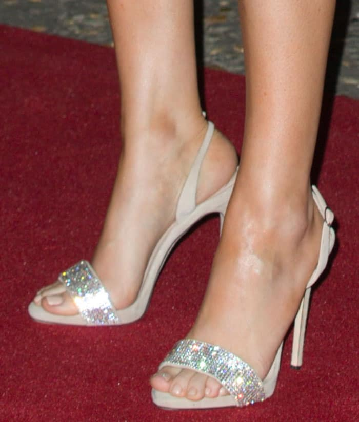 Ellie Goulding showing off her feet in Giuseppe Zanotti shoes
