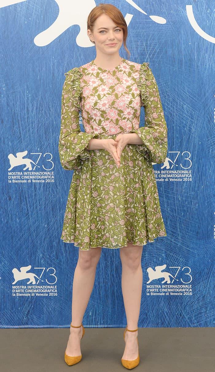 Emma-Stone-73rd-Venice-Film-Festival-La-La-Land-Photocall