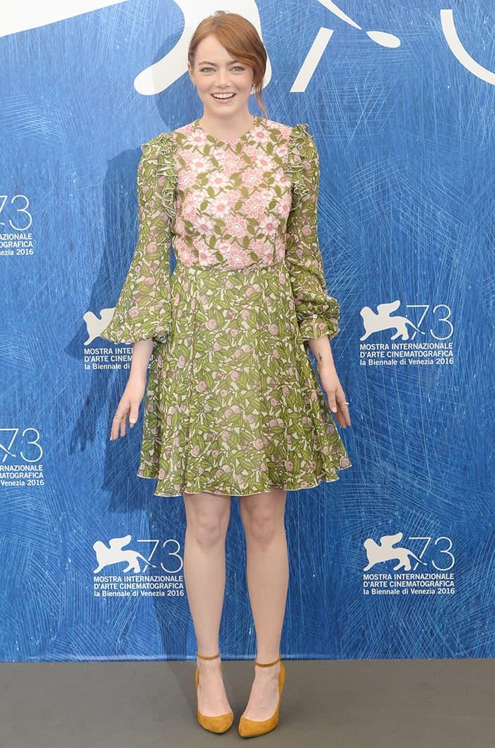 Emma-Stone-Giambattista-Valli-pink-green-floral-dress