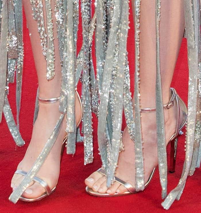 Emma-Stone-Jimmy-Choo-Minny-sandals