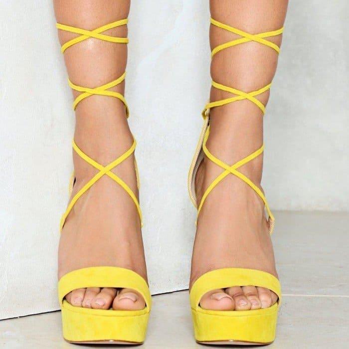 Floral Embroidered Heel Platform