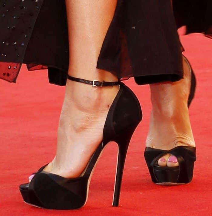 Gemma Arterton In Giorgio Armani Dress And Jimmy Choo Sandals