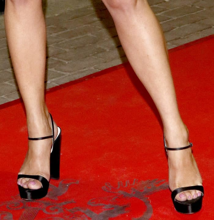 Gemma Arterton In Chinti And Parker Dress With Black Pumps