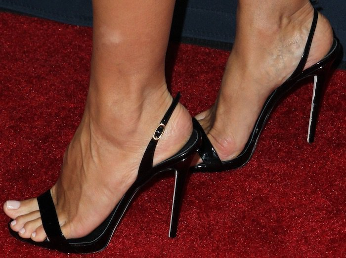 "Heidi Klum showing off her feet in Giuseppe Zanotti ""Sophie"" slingback sandals"