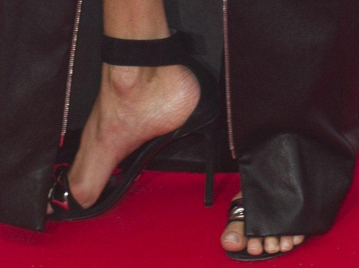 jennifer-connelly-tiff-premiere-american-pastoral-shoes