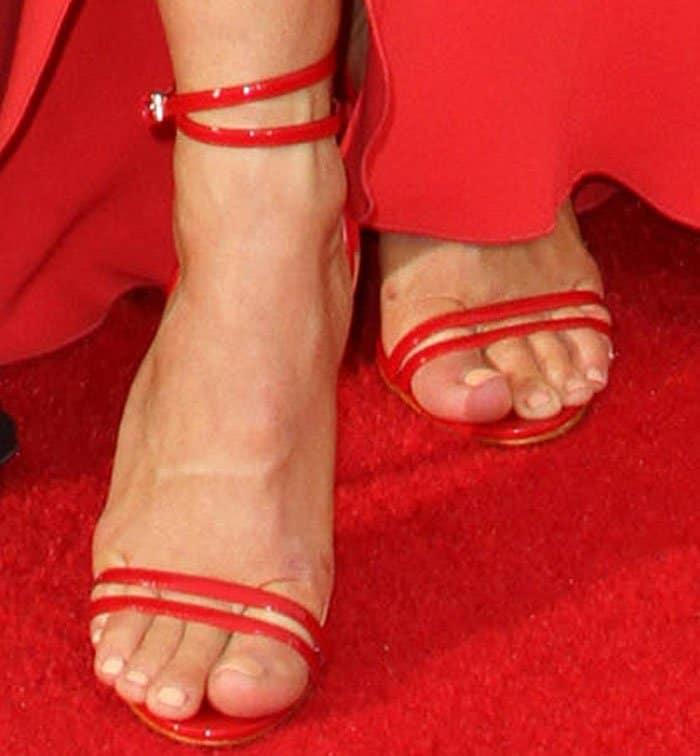 Julianne Hough's feet in Aldo Elivia sandals