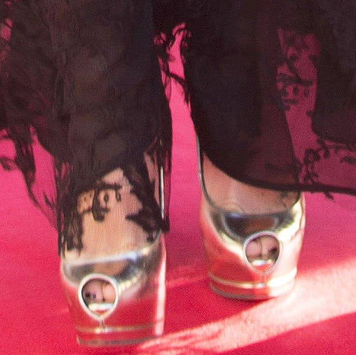 Kate wears the Giuseppe Zanotti Sharon peep toe pumps in metallic leather