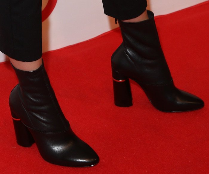 kendall-jenner-img-target-nyfw-kickoff-shoes