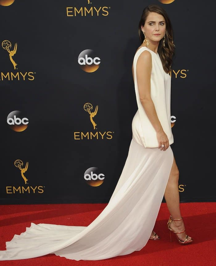 keri-russell-68th-emmys