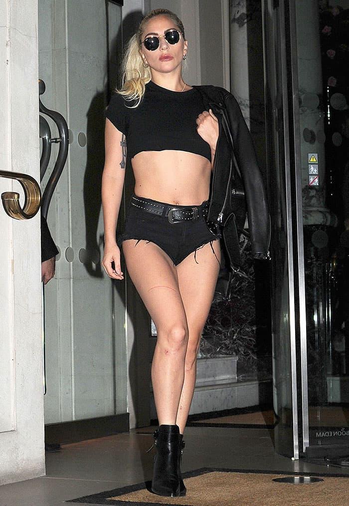 lady-gaga-crop-top-cutoff-shorts