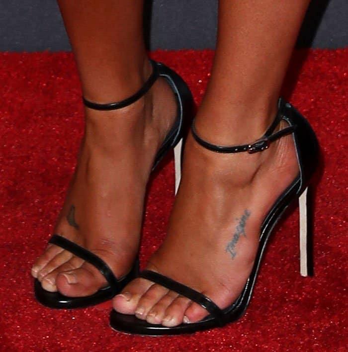 Lea Michele Flaunts Tan In Metal Studded David Koma Dress