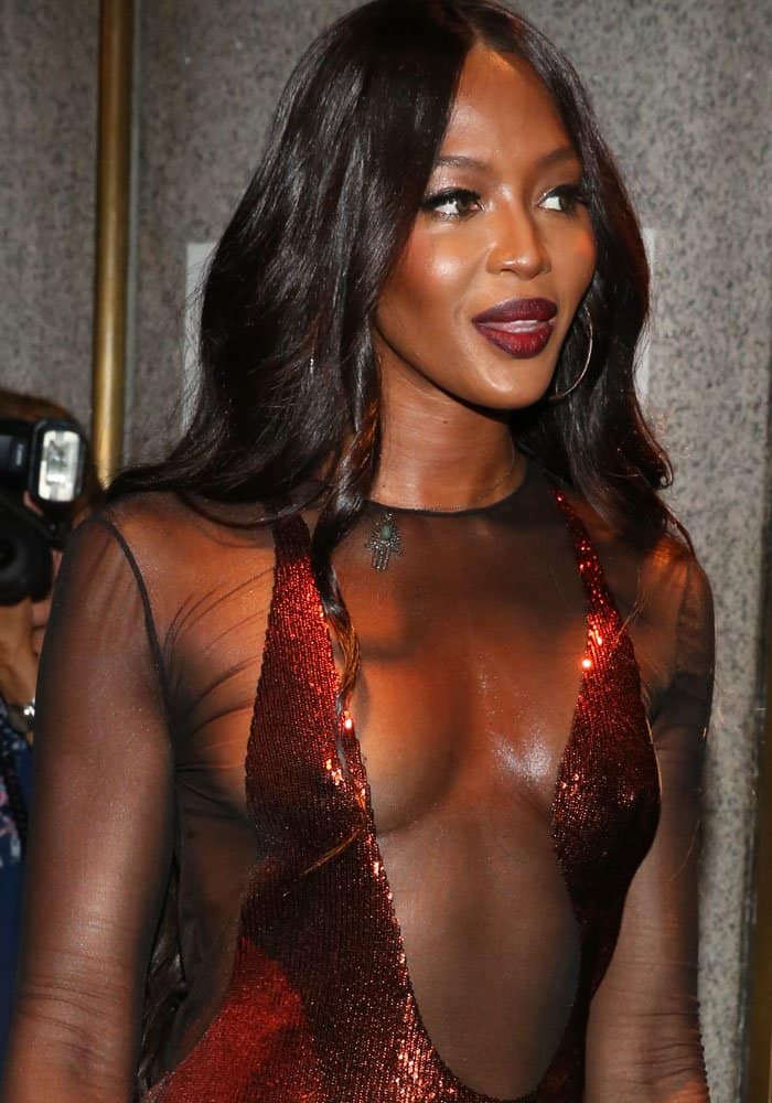 naomi-campbell-nyfw-2016-tom-ford-1