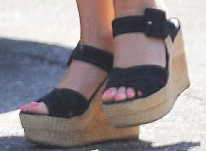 Reese Witherspoon Church Family Prada 2