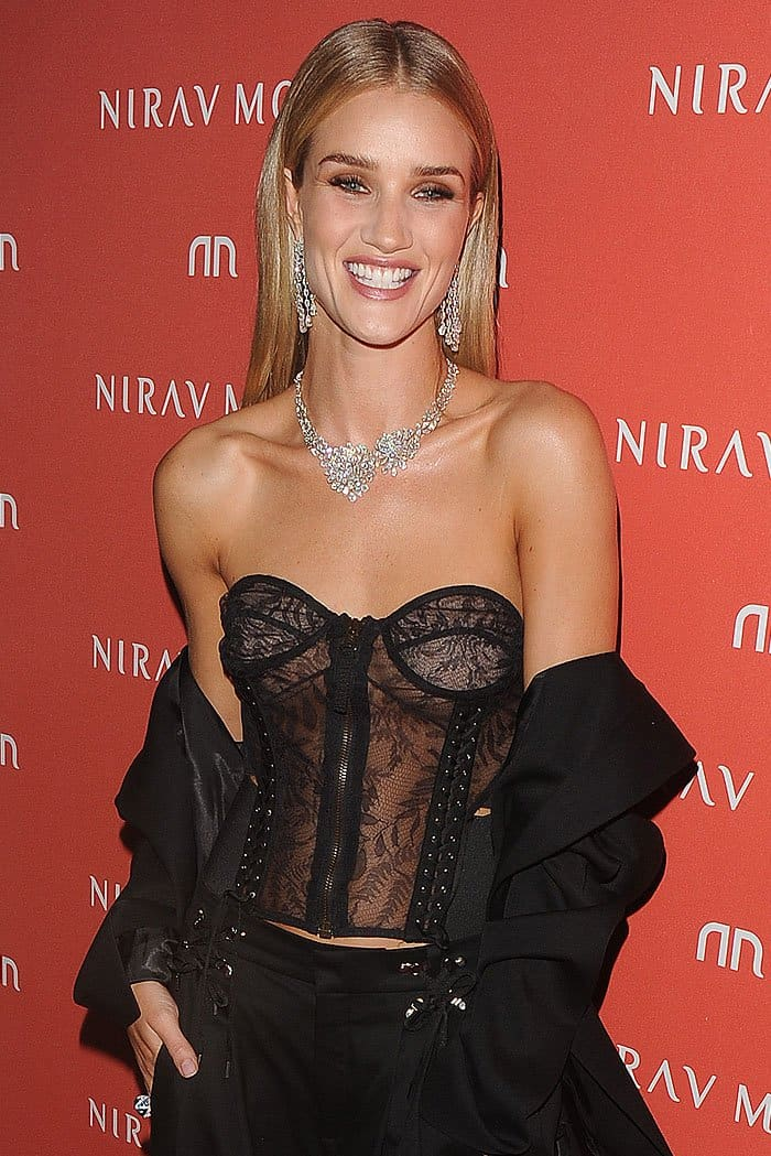 Rosie Huntington-Whiteley accessorized with Nirav Modi's Luminance necklace featuring pear-shaped and marquise-cut diamonds