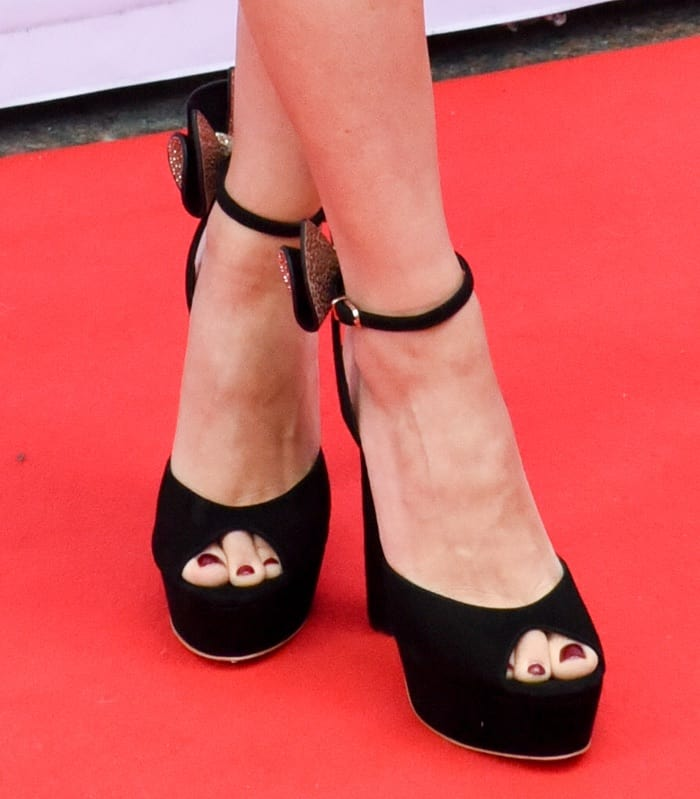 scarlett-johansson-tiff-premiere-of-sing-shoes