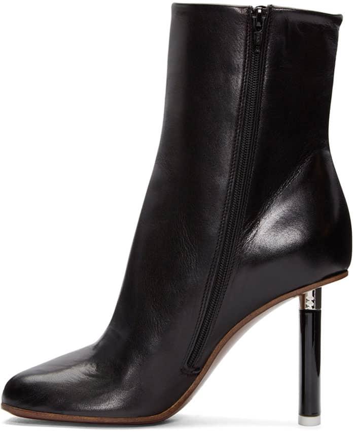vetements-boots-black-1