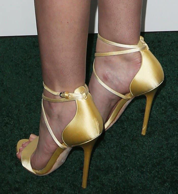 dakota-fanning-brian-atwood-tamara-sandals