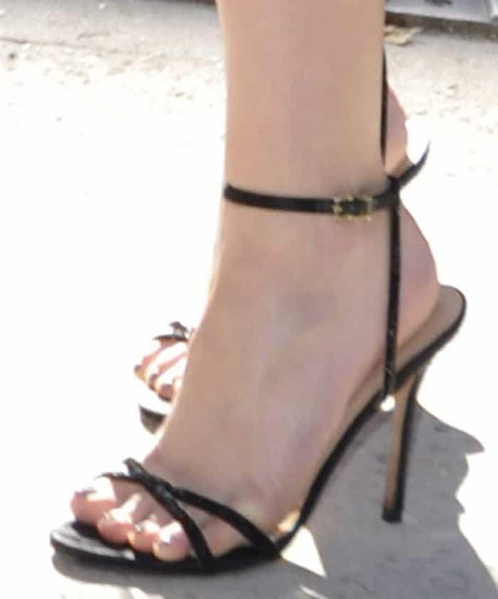 Dakota Fanning put her pretty toes on display
