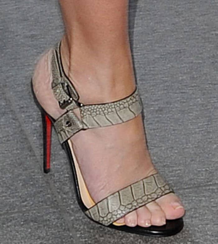 Emily Blunt shows off her feet in Christian Louboutin sandals