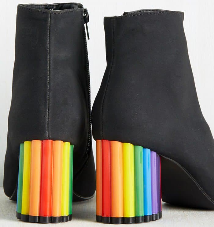 'For Crayon Out Loud' Bootie