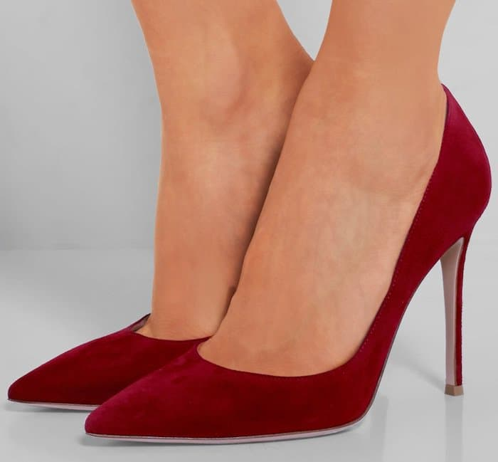 Red Gianvito Rossi Suede Pumps