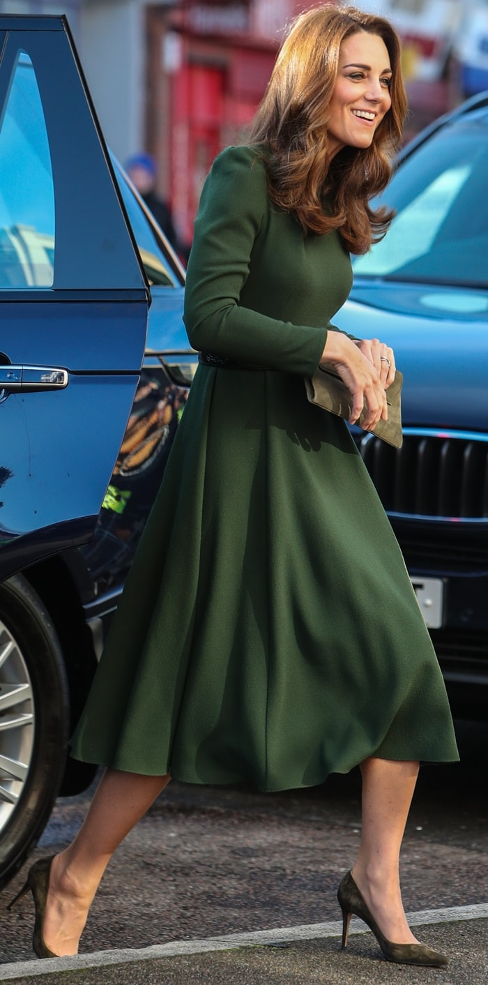 The Duchess of Cambridge in olive suede Gianvito Rossi pumps anda green midi dress by Beulah London