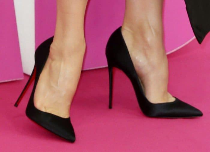 renee-zellwegger-bjb-german-premiere-shoes