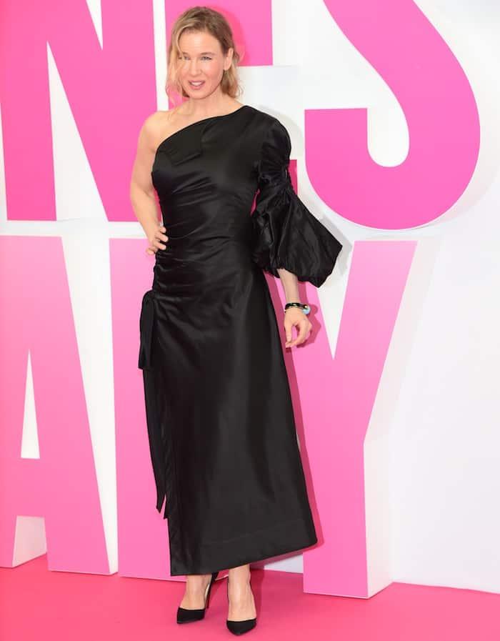 Renee Zellweger rocked a black one-shoulder dress with a thigh-high slit